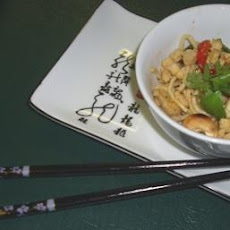 Stir-Fry Noodles With Chicken and Macadamias (Australian)