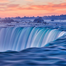The mighty Niagara by Piroska B - Travel Locations Landmarks