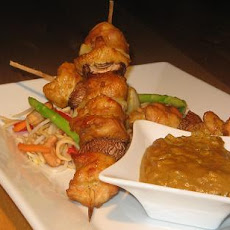 Marinated Chicken Kebabs With a Peanut Satay Sauce
