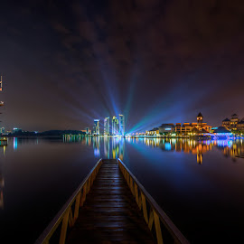 The Ray Of The Light by Mohd Tarmudi - City,  Street & Park  Night