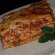Cheesy Beef And Ricotta Lasagne