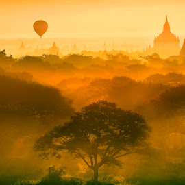 Bagan sunrise by ဦးႏိုင္ လတ္ - Landscapes Sunsets & Sunrises