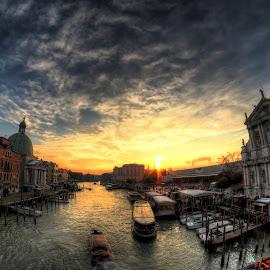 Venice sunset by Rino Calori - City,  Street & Park  Vistas ( hdr, sunset, venice, italy, canal grande )