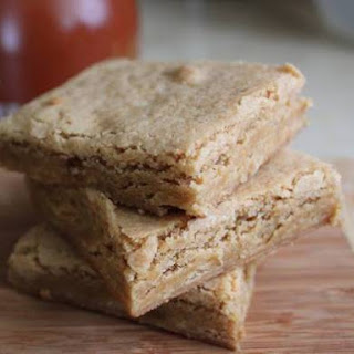 Gluten-Free Tuesday: Maple Blondies