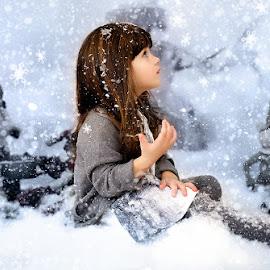 by Alena Romanovskaya - Uncategorized All Uncategorized ( winter, girl )
