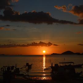 beauty sunset by Rinal Dino - Landscapes Sunsets & Sunrises ( nature, sunset, boat, landscape )