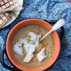 Chickpeas purée with cod