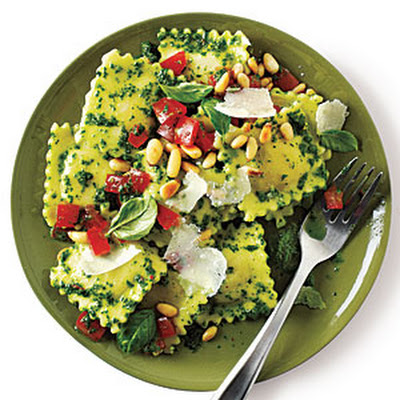 Cheese Ravioli with Pesto
