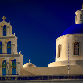 Casa de dios by Murat Besbudak - Buildings & Architecture Places of Worship ( greece, chapel, oia, agean sea, santorini )