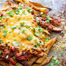 Beer-Soaked Chili Cheese Fries