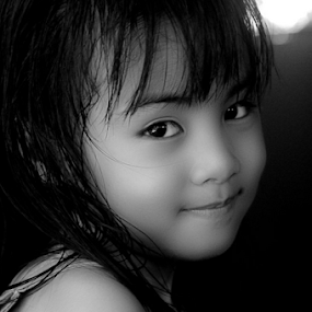 by El Baim as TOMMY AR - Babies & Children Children Candids ( , black and white, b&w, child, portrait )