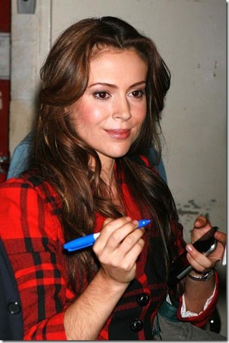Her pictures Alyssa+Milano+Showing+Hairy+Hand%5B2%5D