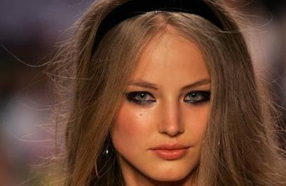 green-eyed model ruslana korshunova photo