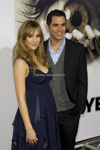 Jessica Alba and Cash Warren wedding at Beverly Hills Courthouse ceremony room