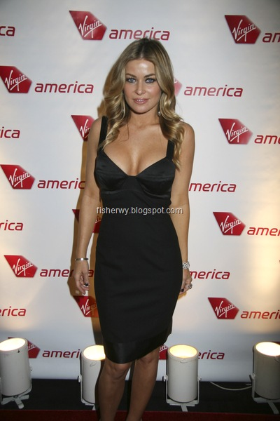 Picture of top ten of Hollywood best breasts Carmen Electra