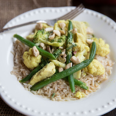 Curry Chicken with Cashews and Cauliflower
