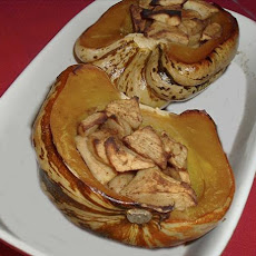 Spicy Apple-Stuffed Squash