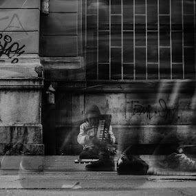 by Yasin Akbaş - Black & White Street & Candid