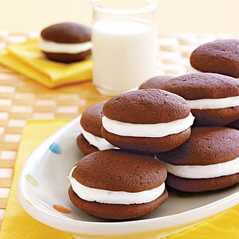 Chocolate Whoopie Pies With Chocolate Filling Recepten | Yummly