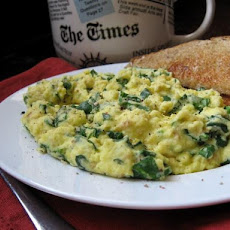 Almost Green Scrambled eggs with Spinach