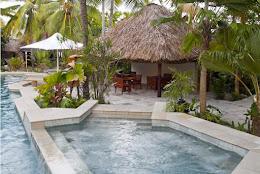 Malua - the adult pool jacuzzi