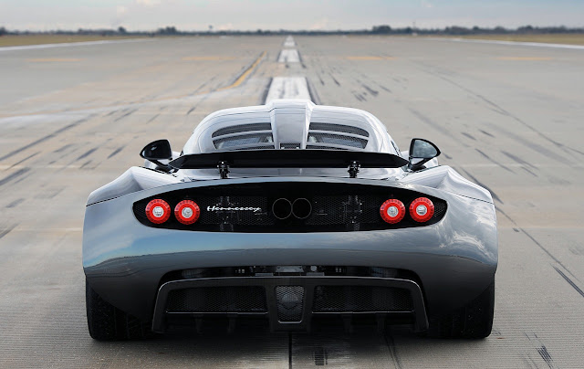 hennessey-venom-gt-fastest-car-ever