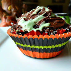 Green Slime Filled Cupcakes
