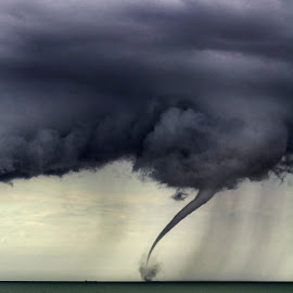 mini tornado in bognor u.k. by Ivanas Vlasas - News & Events Weather & Storms ( weather, storm, tornado,  )