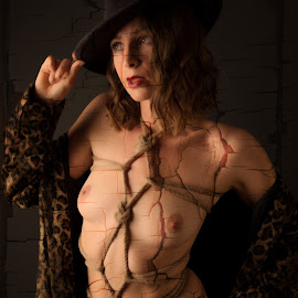Shattered Paint by Tomas Fensterseifer - Nudes & Boudoir Boudoir ( shibari, nude, low key, bondage, coat, hat )