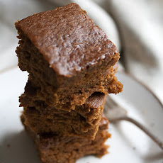 Sticky Pumpkin Gingerbread Cake