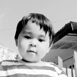 Karim Portrait by Nguyen Trong - Babies & Children Child Portraits ( child, black and white, indonesia, karim, bandung )