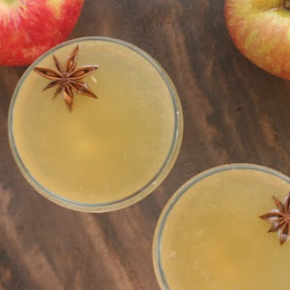 BOURBON APPLE CIDER COCKTAIL