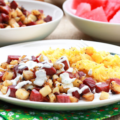 Corned Beef Hash Recipe with Horseradish Cream Sauce