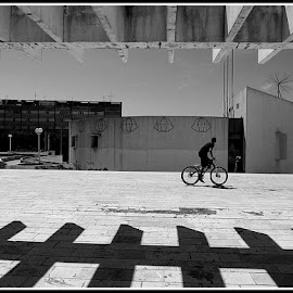 by Plavi Svijet - Novices Only Street & Candid ( , Bicycle, Sport, Transportation, Cycle, Bike, ResourceMagazine, Outdoors, Exercise, Two Wheels )