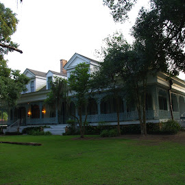 The Myrtles by Jason Gaston - Buildings & Architecture Homes ( exterior, myrtles, louisiana, haunted, plantation )