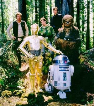 Solo, Leia, Luke, Chewbacca, C-3PO e R2-D2
