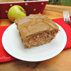 Mama Reed's Caramel Apple Cake