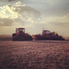 @saskyfarmers by Kimberly Mehrer - Transportation Other ( farmersfeedtheworld, seedthatfertileground, sask )