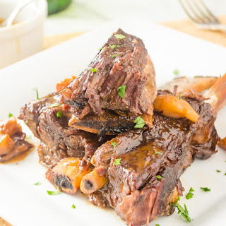 Sherry Braised Short Ribs with Pearl Onions {Pressure Cooker}