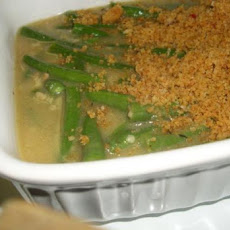 Holiday Garlic-Lemon Green Beans With Bread Crumbs