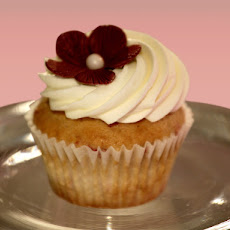 Winning Recipe Raspberry Cupcakes with Champagne Buttercream Frosting