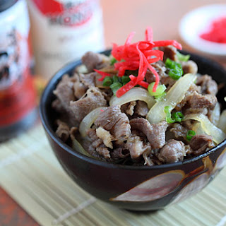 Gyudon Recipe (Japanese Beef Bowl)