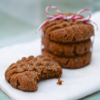Chewy Almond Spice Cookies