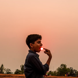 SUNSET by Azad Nechikkade - Novices Only Portraits & People ( malappuram, sunset, kerala, india, eater )