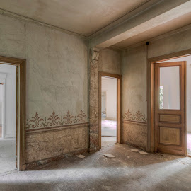 Sun all over the place by Joel Arys - Buildings & Architecture Other Interior ( urban, urbex, door, windows, sunlight, chateau, d'ah )