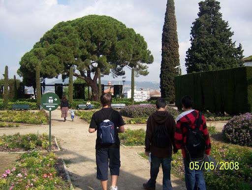 Barcelona montjuic estanque fuente y teatro griego - Jardines de montjuic ...