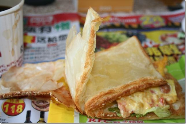 總匯歐姆蛋燒餅-撕開的內層2