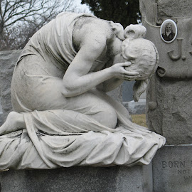 Weeping forever by Aurelia Spicuzza - Buildings & Architecture Statues & Monuments ( soldier, tomb, statue, cemetery, grave, mourning,  )