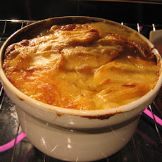 Cheesy Swiss Scalloped Potatoes