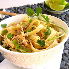 Easy Thai Chicken Pasta